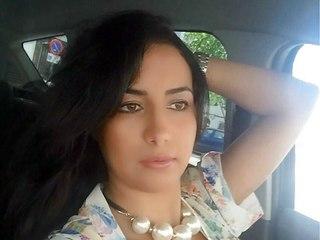 plan cul avec Mounira de Monfaucon